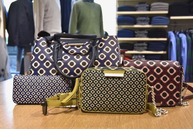 Il negozio di abbigliamento Panda Sportswear è rivenditore autorizzato  delle borse Malparmi pochette 711478e92f6