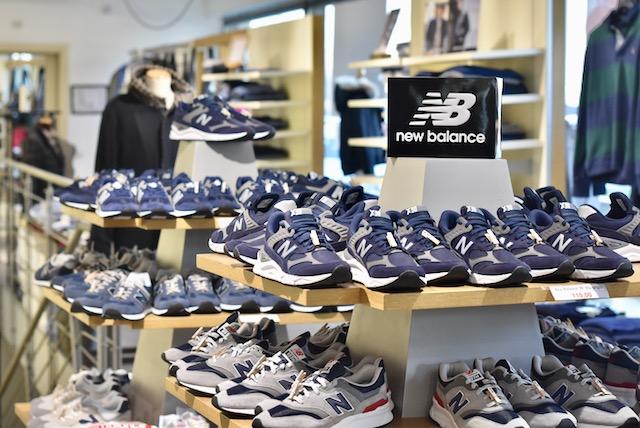 campione ufficio postale visitatore new balance negozi roma ...